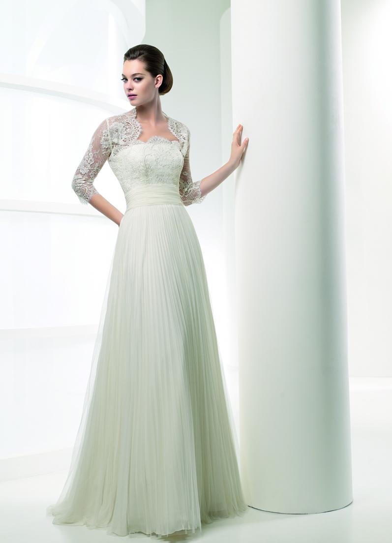لباس عروس استین سه ربع Adding Sleeves to a Strapless Wedding Dress_Wedding Dresses_dressesss